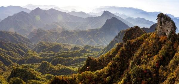 Berlokasi di Provinsi Sichuan, Geopark Guangwushan Nuoshuihe merupakan salah satu yang terbaru dari China. Batuan kapur hingga tanah tektonik dan air terjun menjadi ciri khas geopark yang satu ini (dok unesco.org)
