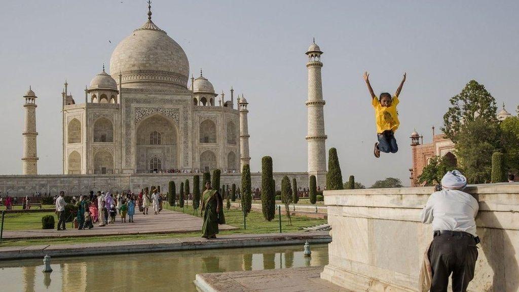 Heboh Taj Mahal Berubah Warna, Apa Penyebabnya?