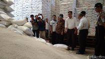 Stok Beras di Garut Melimpah Selama Ramadan