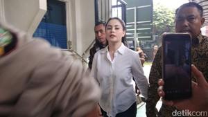 Sidang Cerai Sule, Kejanggalan Kasus Jennifer Dunn