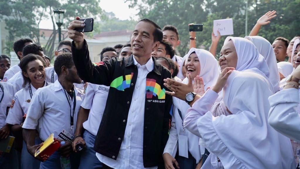 Promosi Asian Games, Sandiaga Ingin Buat Jaket Seperti Jokowi