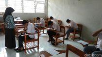 Guru Honorer di Depok Mogok Ngajar hingga 31 Oktober