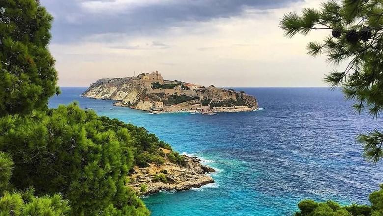 Foto: Kepulauan Tremiti di Italia (irene.ira/isole_tremiti/instagram)