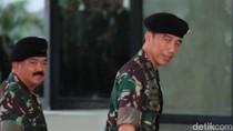 Berbaju Loreng, Jokowi Hadiri Acara Pertunjukan Skill TNI