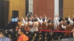 Perang Yel-yel Sudah Panaskan Arena Debat Cagub Jateng Ronde 2