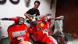 Hobi Vespa, Denny Chasmala Habiskan 8 Jam Browsing Skuter Tua