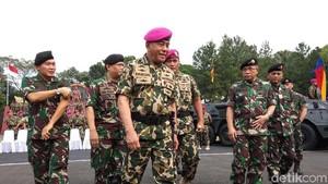 Menhan Minta Marinir Waspadai Gerakan Terorisme di Filipina