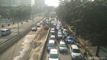 Perbaikan Jalan di Casablanca Pagi-pagi Bikin Macet, Ini Kata Sandi