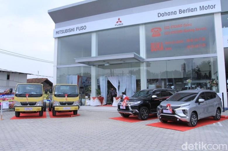 Mitsubishi Buka Diler di Rancaekek. Foto: Wisma Putra