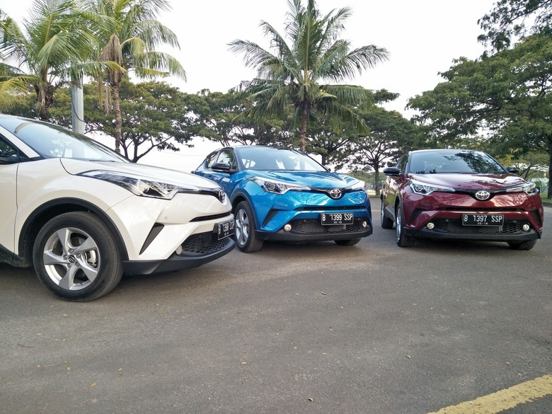 Toyota C-HR Foto: Ruly Kurniawan