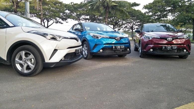 Test drive Toyota C-HR Foto: Ruly Kurniawan