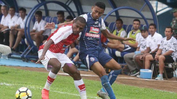 Arema FC memburu poin demi meninggalkan papan bawah Liga 1 2018.