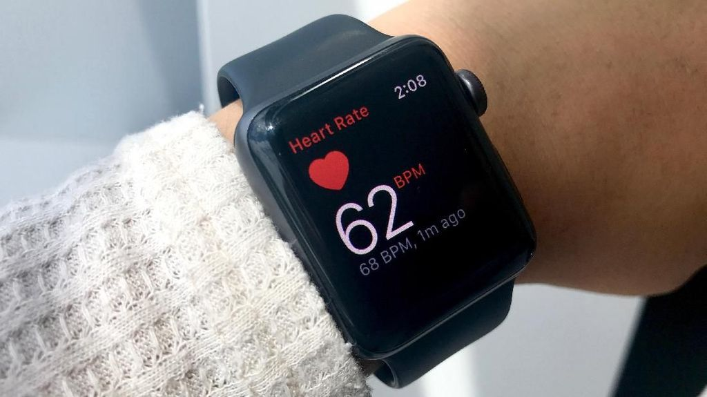 Walkie Talkie Kembali ke Apple Watch, Sudah Aman?