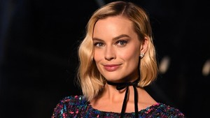 Margot Robbie Bintangi Film Barbie
