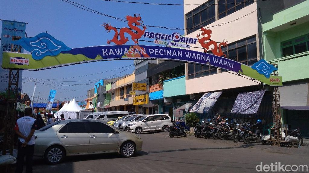 Cirebon Punya Pecinan Warna-warni Lho!