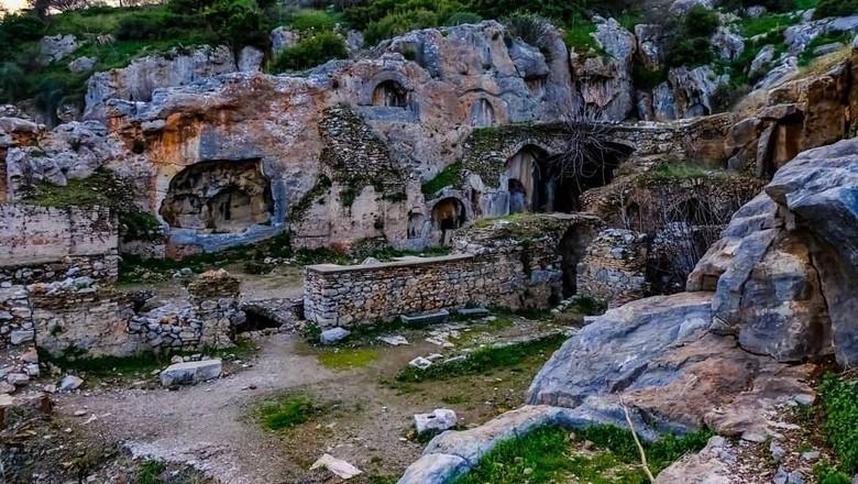 Gua di Turki yang konon ditiduri 7 pria selama ratusan tahun (Instagram)