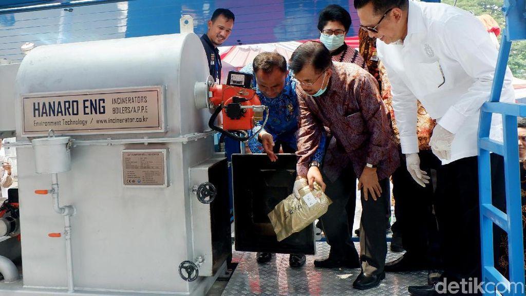 Jusuf Kalla Pimpin Pemusnahan 2,6 Ton Sabu di Monas