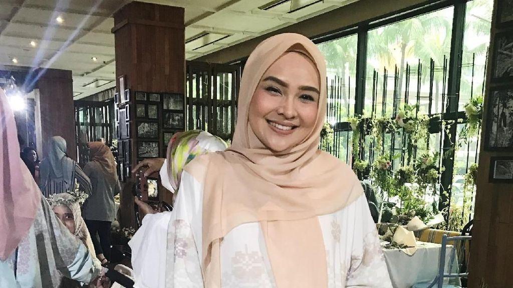 Tren Busana Ramadan 2018 Menurut Ria Miranda Hingga Irna Mutiara