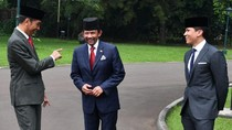 Momen Pangeran Tampan Brunei Dampingi Sang Ayah Bertemu Jokowi