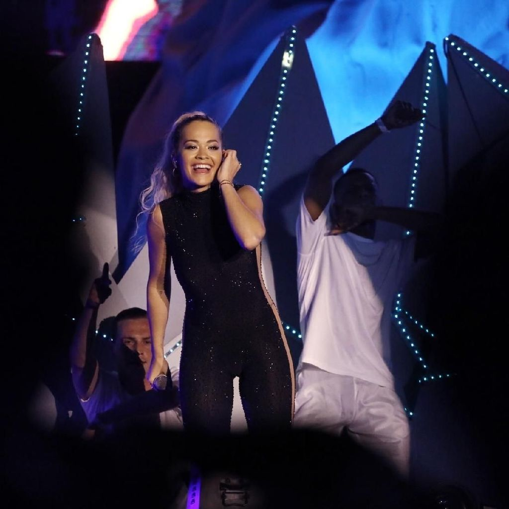 Rita Ora Rilis Album Terbaru Phoenix November Mendatang