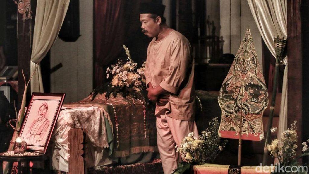 Baitarengka, Kapal Retak Jawa di Tengah Arus Perubahan