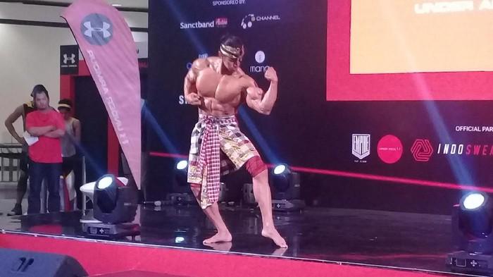Bukan kardio, Ade Rai sebut olahraga pengencangan otot merupakan yang terbaik untuk pangkas berat badan. Foto: Frieda/detikHealth