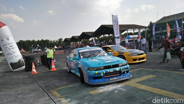 Kejurnas Drift seri pertama di Pondok Cabe, Tangerang Selatan (Foto: Ruly Kurniawan)
