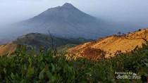 Cerita Hari Kartini di Gunung Merbabu