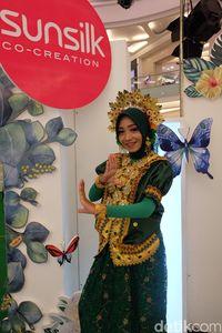 Cantiknya 3 Hijabers Makassar dengan Baju Adat di Sunsilk Hijab Hunt 2018