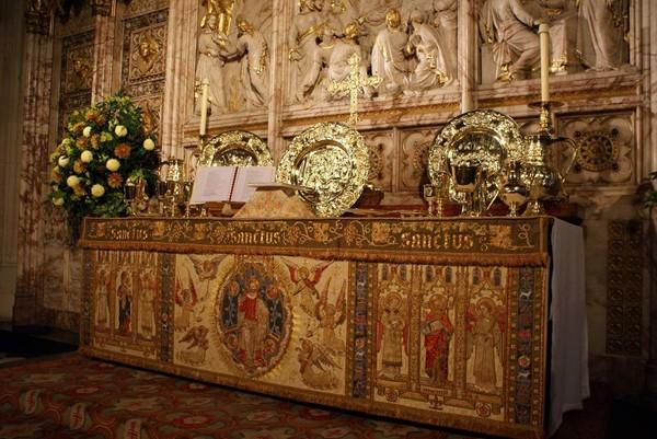 Gereja dengan gaya gotik ini sudah dibangun sejak abad ke 14 silam (St Georges Windsor/Facebook)