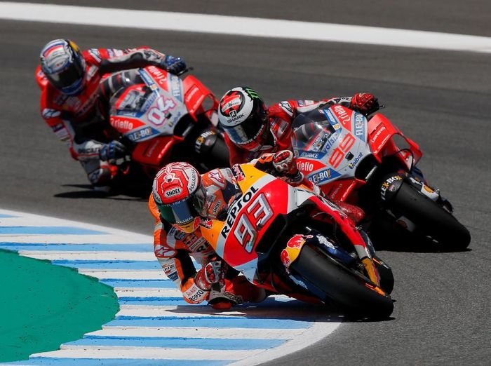 Marc Marquez memenangi MotoGP Spanyol bukan hanya karena kecepatan semata (REUTERS/Jon Nazca)