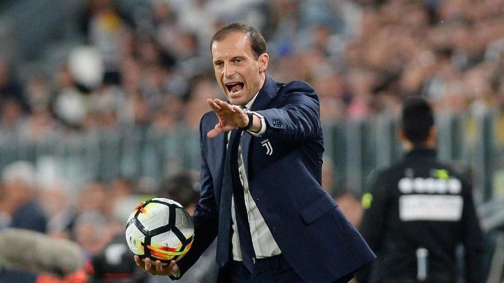 Allegri Indikasikan Lanjut dengan Juventus