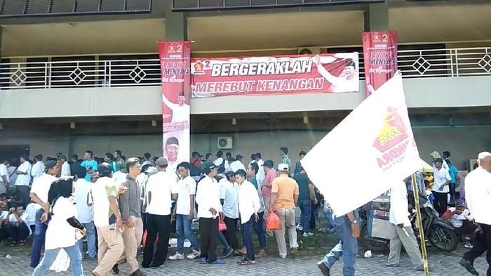 Spanduk Prabowo Bergeraklah Merebut Kenangan yang viral (Foto: dok. Istimewa)