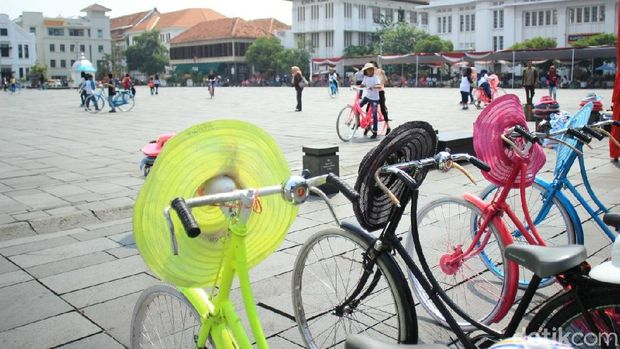 Sepeda onthel di Alun-alun Fatahillah (Randy/detikTravel)