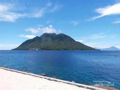 Pantai Jikomalamo, Satu Lagi Spot Snorkeling di Ternate