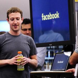Facebook Perpanjang Work From Home Hingga Juli 2021 dan Kasih Uang Rp 14 Juta