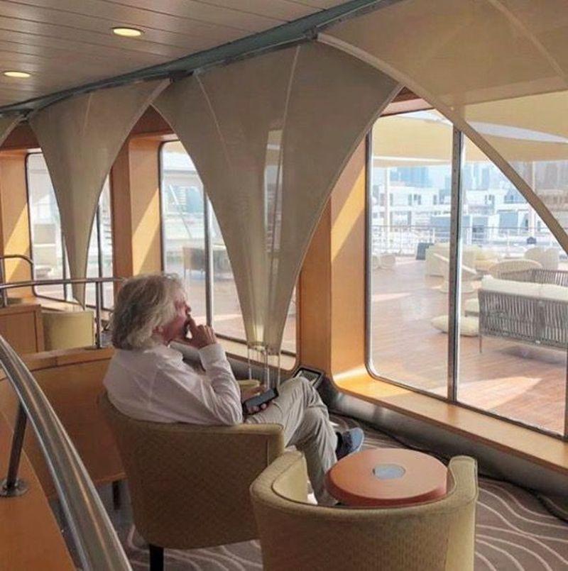 Inilah Richard Branson, pemimpin dari Virgin Group, sebuah perusahaan transportasi dari Amerika Serikat (richardbranson/Instagram)