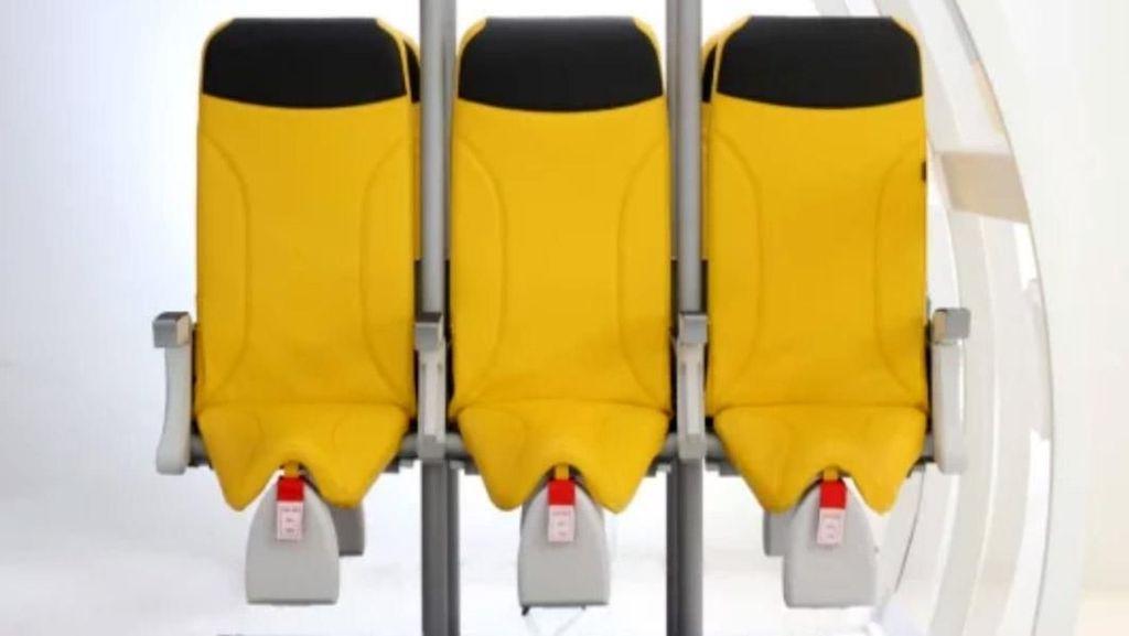 Kursi Berdiri untuk Penumpang Pesawat Super Ngirit