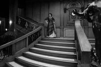 Adele tampil ala Rose 'Titanic'.