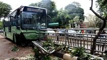 Sopir TransJ yang Tabrak Pohon di Simprug Jadi Tersangka