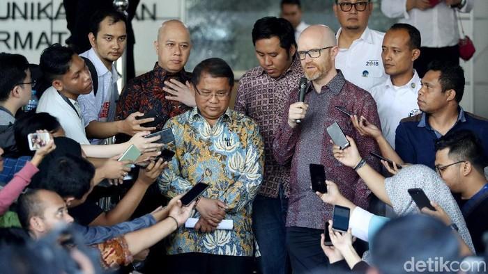 Foto: Petinggi Facebook saat bertemu Menteri Rudiantara di Kominfo (Grandyos Zafna/detikINET)