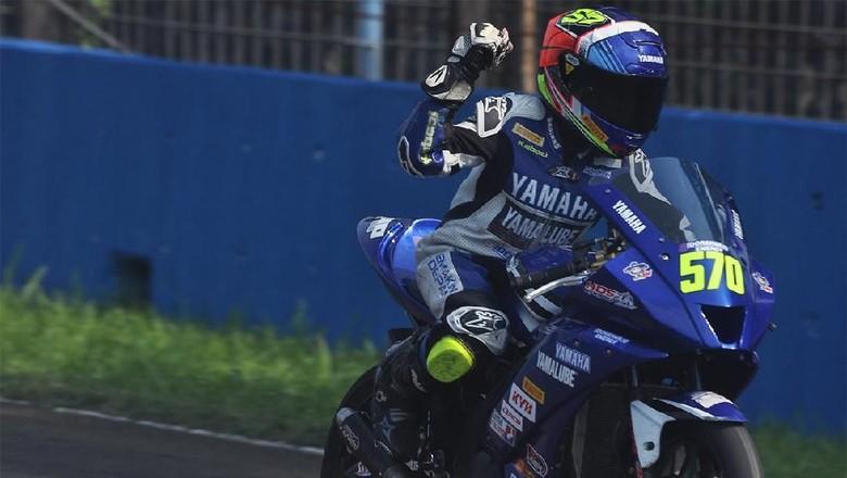 Aldy Satya Juara Sport 150cc di Yamaha Sunday Race