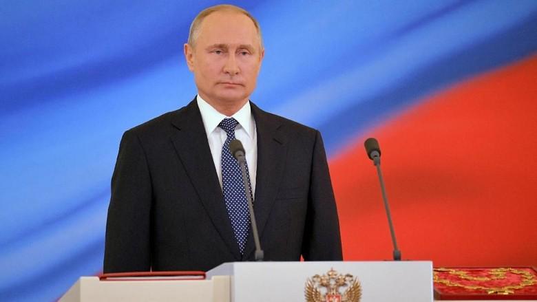 Putin Tepis Rudal Rusia Jatuhkan Pesawat MH17