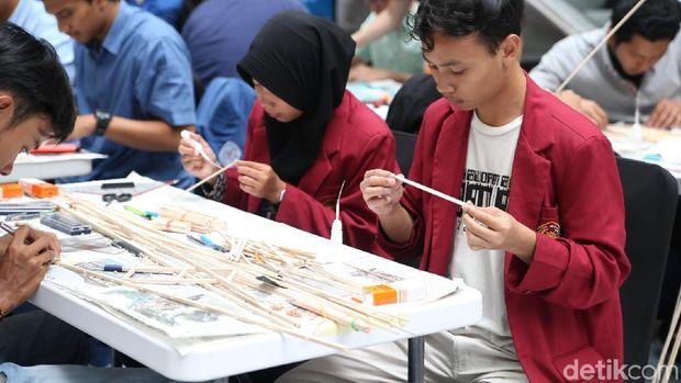 Serunya Lomba Membangun Jembatan di Petro Civil Expo UK Petra