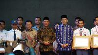 Mendikbud Resmikan Puncak Acara Peringatan Hardiknas di Lombok