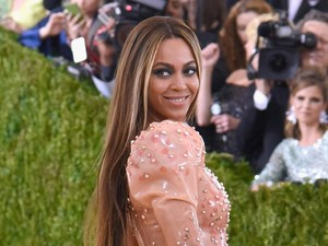 Beyonce Hamil Anak Keempat?