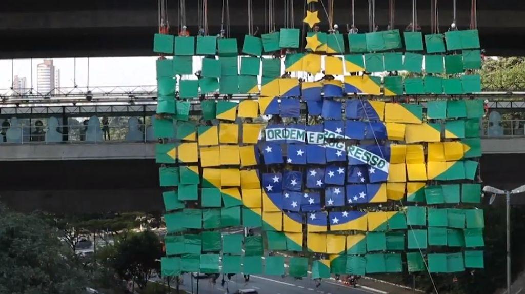 Ekonomi Brasil Diprediksi Minus 4%