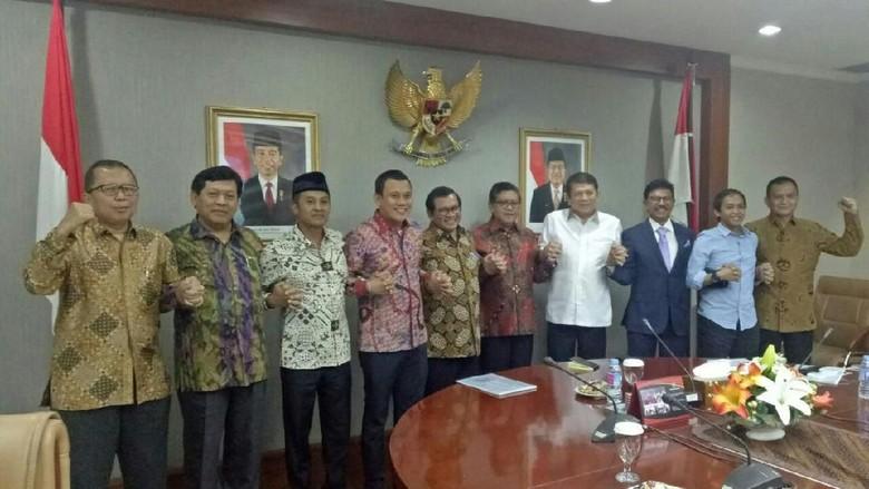 Sekjen Parpol Pro-Jokowi Kumpul di Kantor Seskab, PAN Tak Ikut