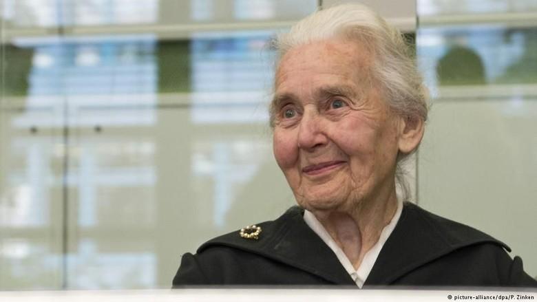 Nenek Nazi Dicari Polisi Jerman