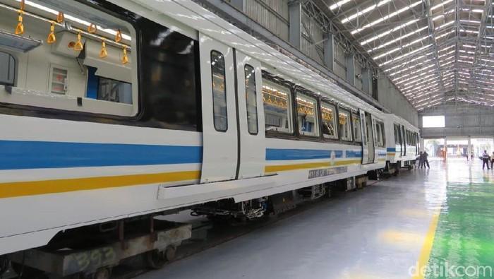 Sebanyak 6 Gerbong LRT Sumatera Selatan di Palembang sedang dibuat di pabrik PT INKA (Persero), Madiun, Jawa Timur. Yuk, intip foto-fotonya.